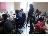Vanlı çocuklar dijital eğitimle tanıştı