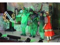 Süleymanpaşa Çocuk Kulübü'nden minik sanatseverlere tiyatro ziyafeti