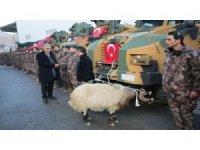 Hakkari Emniyetine yeni alınan zırhlı araçlar hizmete sunuldu
