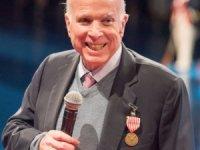 Senatör McCain'nin kanser tedavisi gördüğü açıklandı