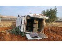 Suriyeli zeytin işçilerini taşıyan minibüs takla attı: 15 yaralı