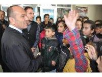 Kaymakam Kaşıkçı, köy okulu öğrencilerini misafir etti