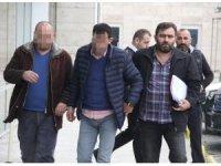 Sahtecilik ve dolandırıcılık suçundan aranan 2 kişi gözaltına alındı