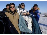 Uluslararası Uzay istasyonunda 5 ay kalan astronotlar dünyaya döndü