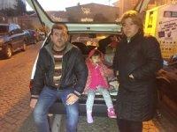 Beşiktaş'ta evleri olmayan aile, arabada yaşıyor