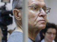 Eski Rusya Ekonomi Bakanı, rüşvetten suçlu bulundu
