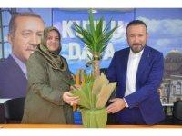 Başkan Doğan'dan AK Parti İzmit İlçe Kadın Kolları'na ziyaret
