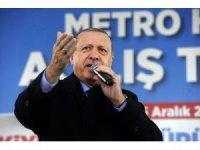 Cumhurbaşkanı Erdoğan, sürücüsüz metro ile Üsküdar'dan Ümraniye'ye geçti