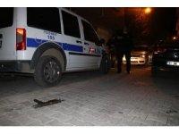 Silahlı saldırı düzenlemek isteyen şahısların planını devriye gezen polisler bozdu