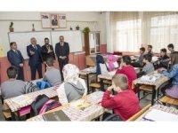 Vali Zorluoğlu'nun okul ziyareti