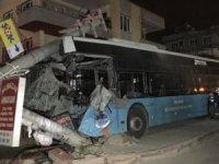 Mersin'de trafik kazası: 15 yaralı