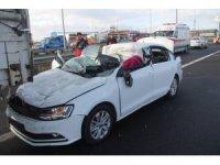 Otomobil, 130 kilometre hızla tıra çarptı: 1 ölü, 1 yaralı
