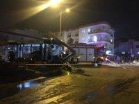 15 kişinin yaralandığı trafik kazası kamerada