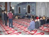 Manavgat Müftülüğü'nden işitme engellilere  camide din dersi