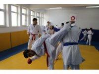 Tunceli'de gönüllü antrenörler sayesinde yetişen sporcular milli takımda Türkiye'yi temsil ediyor