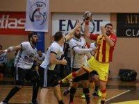 Hentbol Erkekler Süper Ligi: Göztepe: 21 - Beşiktaş Mogaz: 32