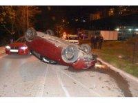 Sinop'ta otomobil takla attı: 2 yaralı