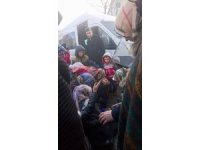 Öğrenci servisi otobüs durağındaki yayaları ezdi: 3 yaralı