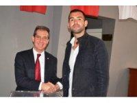 Ayvalık CHP Gençlik Kollarına yeni yönetim