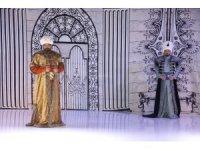 """""""Osmanlı Saray Esvapları ve Kaftanları"""" defilesi"""