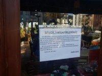 Çaya yaptığı 25 kuruşluk zam için müşterilerinden özür diledi