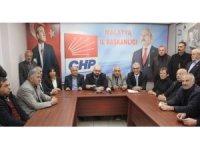 CHP'de 13 ilçe başkanından Enver Kiraz'a destek