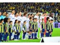 Süper Lig: Fenerbahçe: 0 - Karabükspor: 0 (Maç devam ediyor)