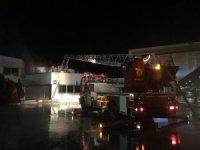 Akaryakıt istasyonunda devrilen ısıtıcıdan yangın çıktı