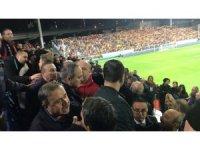 Atiker Konyasporlu yöneticilere çirkin saldırı