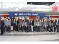 Matematik bilginlerinin çalışmaları İngiltere'de Türk öğrenciler tarafından tanıtılacak