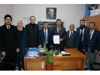AK Parti Niğde İl Başkanı Peşin, mazbatasını aldı