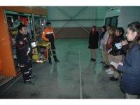 Gazeteci adayı öğrencilerden AFAD'a ziyaret