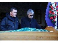 Ünlü sanatçı Cengiz Kurtoğlu'nun acı günü