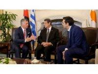 Güney Kıbrıs'ta üçlü zirve yapıldı