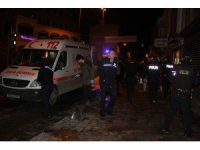 Beyoğlu'nda pidecide oturan müşterilere silahlı saldırı: 3 yaralı