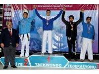 Kağıtsporlu tekvandocular Gençler Türkiye Şampiyonasından madalya ile döndü