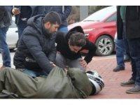 Tramvay motosiklet ile çarpıştı:1 yaralı