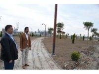 Tarsus'ta parklara bakım ve yenileme çalışması