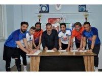Karacabey Birlikspor'dan imza şov