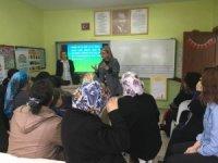 Kadın çiftçi eğitimleri