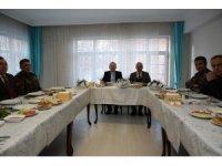 Vali Pehlivan, trafik polisleriyle kahvaltıda bir araya geldi