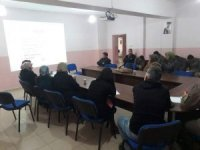 Aslanapa'da gıda sektöründe çalışanlara hijyen eğitimi verildi