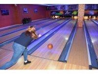 TESKİ kurum içi bayanlar bowling turnuvası düzenledi