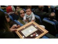 Şehit yakınlarına Devlet Övünç Madalyası