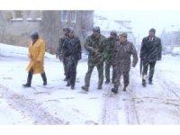 Isparta'da düşen askeri uçak için kaza kırım ekibi bölgede