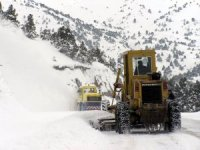Erzincan'da 162 Köy Yolu Ulaşıma kapandı