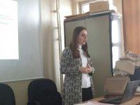 Pasinler'de Anne-Baba-Çocuk Tutumları eğitim semineri verildi