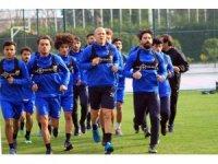 Adana Demirspor transfer tabelasını açamadı