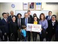 Antalya'da okul birincilerinin 5 yıldızlı tatili başladı
