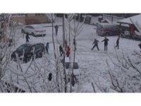 Karne alan öğrencilerin kar keyfi